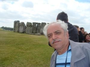 em stone henge