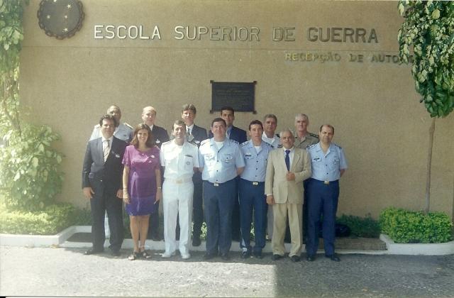 Foto em abril de 2002 na ESG