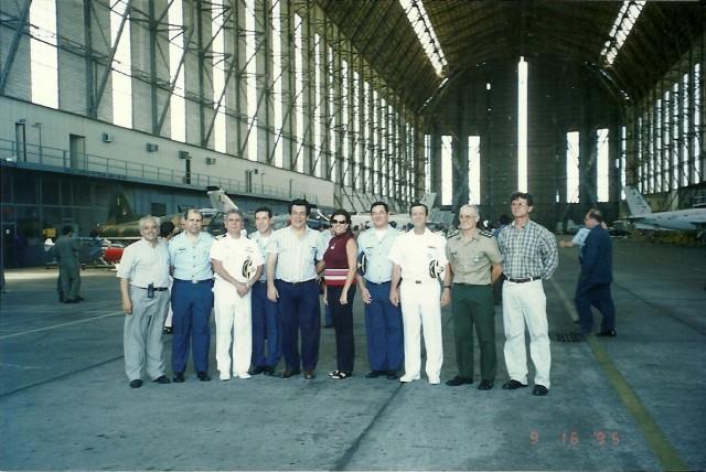 Visita à base aérea de santa Cruz 10/2002