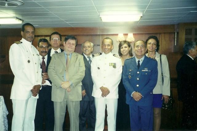 Formatura da Esg no Clube naval 2002