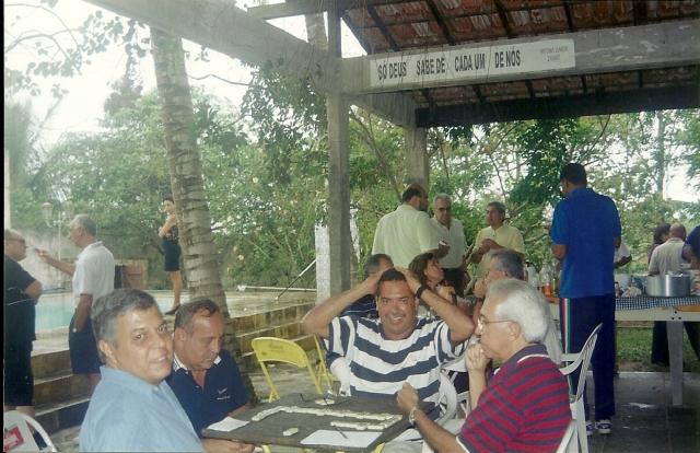 Churrasco final ESG 2002, nossa cas em Itaipuaçu