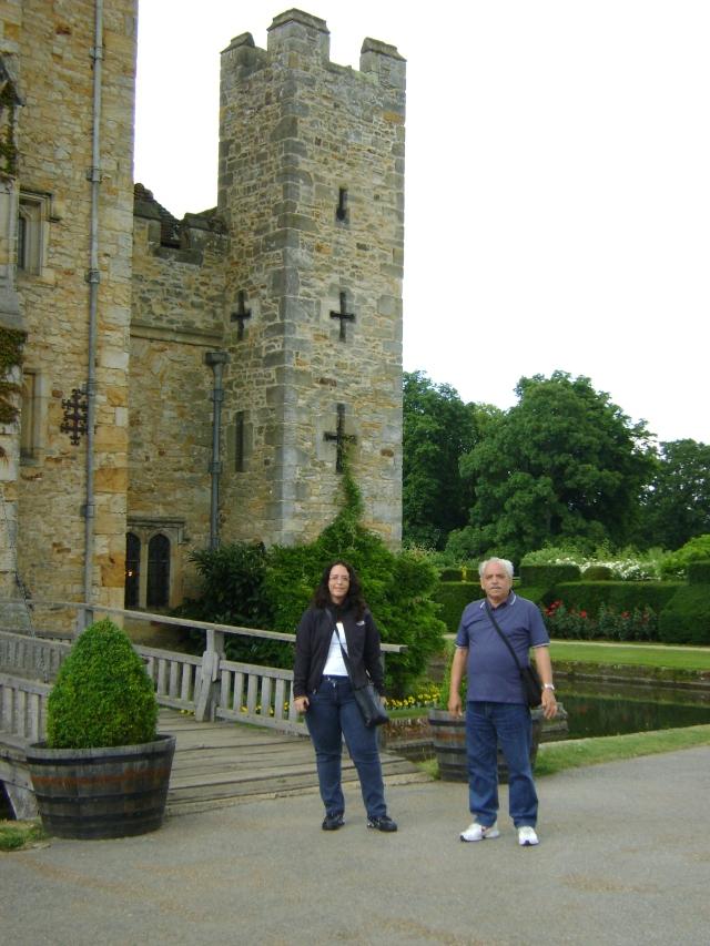 Veloso e filha no hever castle