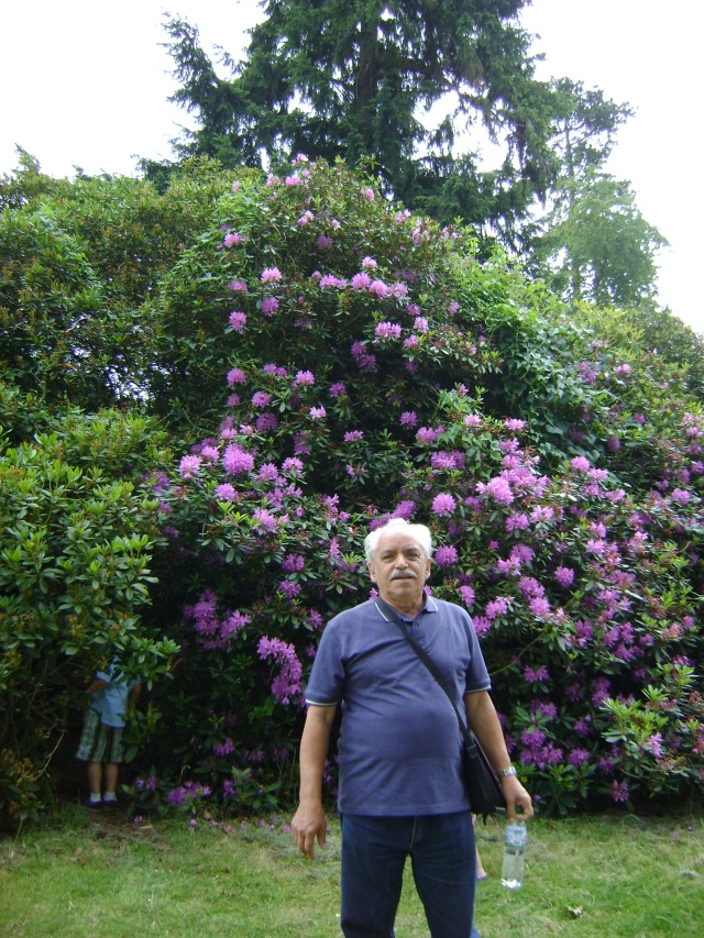 Veloso in the castle garden
