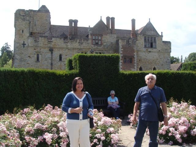 garden in hever castle